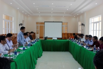 Delegation of agencies under the Ministry and some Departments of Khammouane province, Lao PDR are welcomed and worked in Phong Nha – Ke Bang